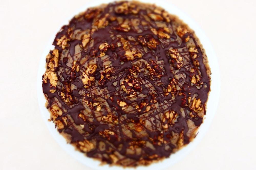 Raw karamelový dort s datlemi